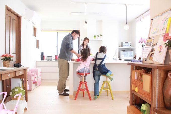 家族が集うキッチン