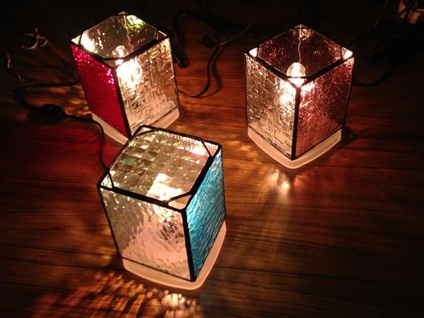 手作りステンドグラス照明