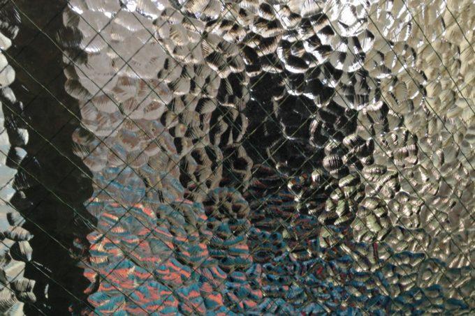 古い型ガラス