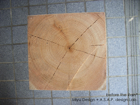 100年桧柱材木目